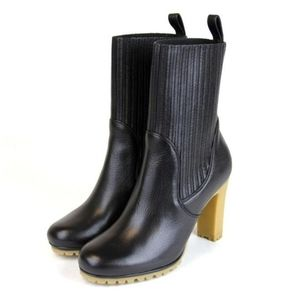 New GUCCI Edith Black Leather ankle Boots 37 us 7